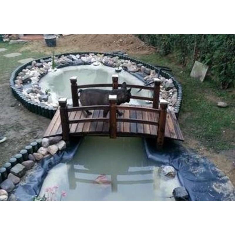 Ponte in legno per giardino e laghetto artificiale for Accessori per laghetti da giardino