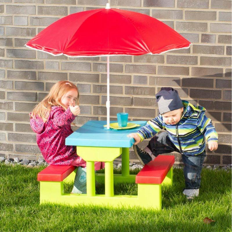 Tavolino da giardino per bambini con panche e ombrellone for Tavolino per bambino