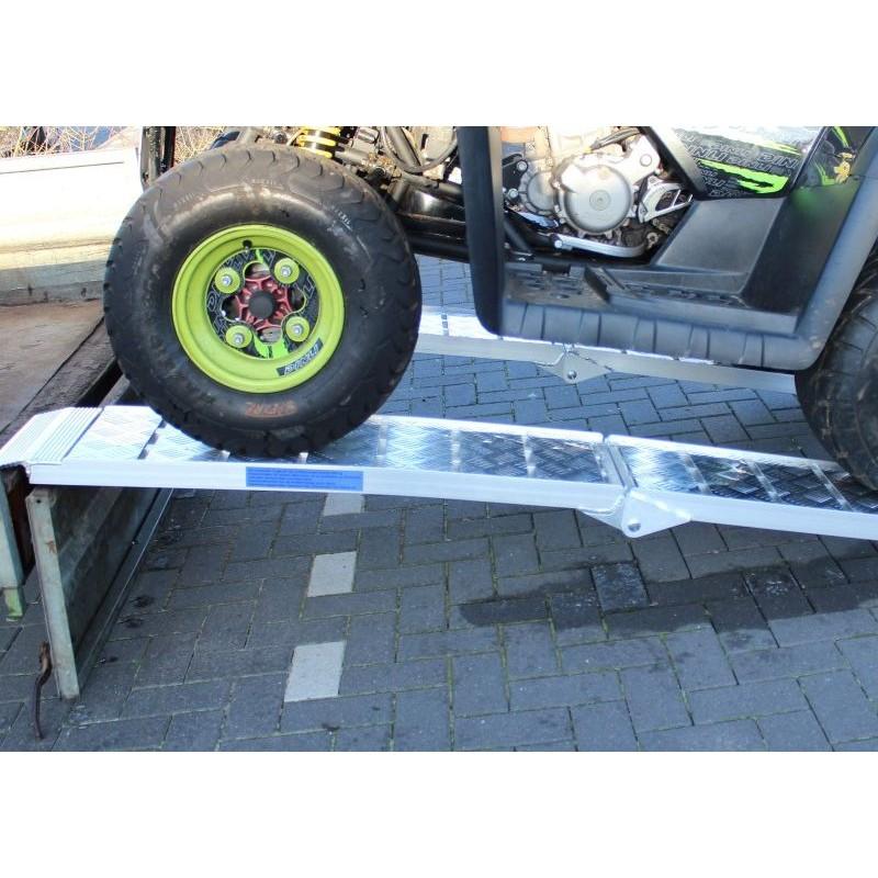Rampa di carico in alluminio pieghevole 225 cm 680 kg for Rampe di carico in alluminio pieghevoli