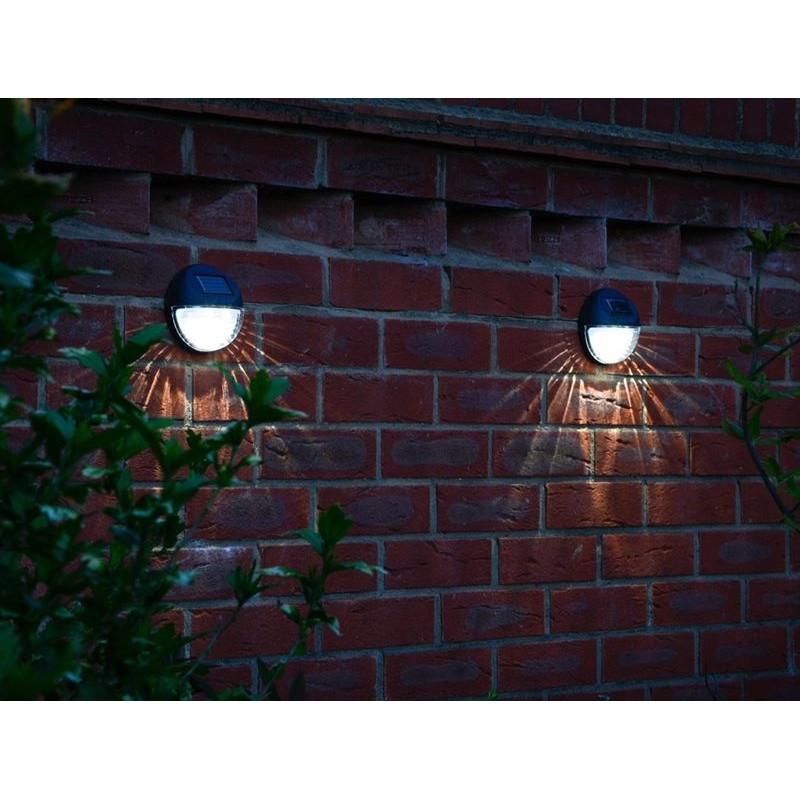 Lampade solari da giardino per montaggio a parete set 4 pezzi for Luci da giardino