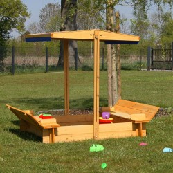 Sabbiera per bambini in legno con tetto