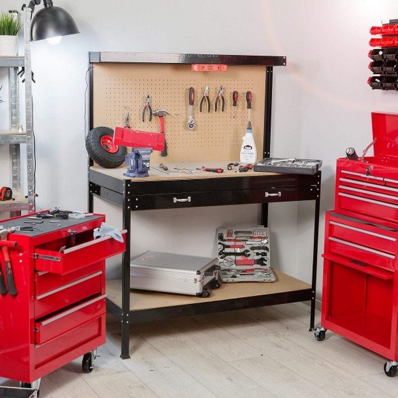 Banco da lavoro fai da te con struttura in acciaio for Piani di garage rv con officina