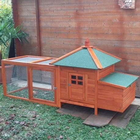 Pollaio in legno da giardino per galline ovaiole
