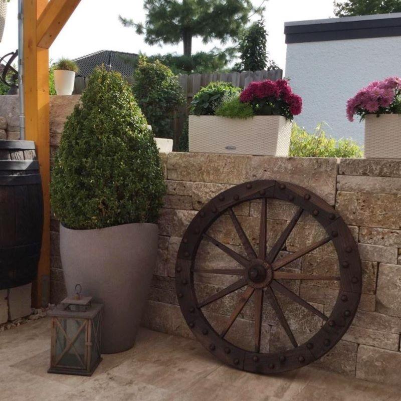 Ruota carro decorativa in legno per arredo esterno for Arredo giardino in legno