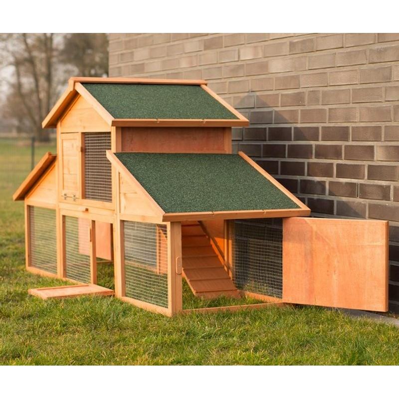 Conigliera da esterno in legno con recinto per giardino for Divanetto in legno per esterno
