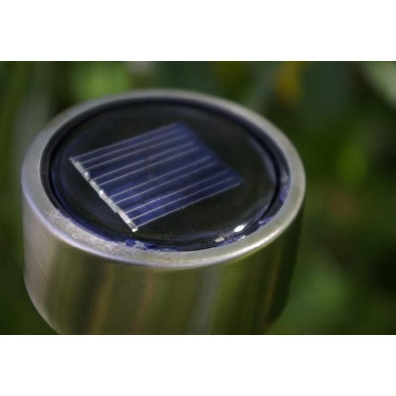 Lampada segnapasso led da esterno energia solare for Led segnapasso