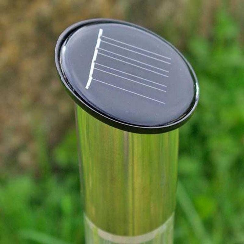 Lampade segnapasso led in acciaio ad energia solare alte da giardino - Lampada ad energia solare da esterno ...