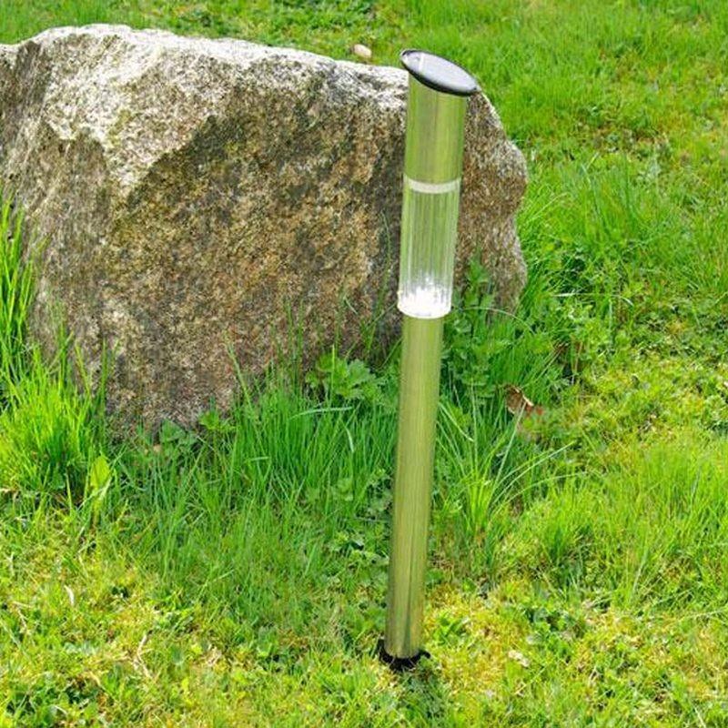 Lampade segnapasso led in acciaio ad energia solare alte da giardino - Lampade da giardino a led ...