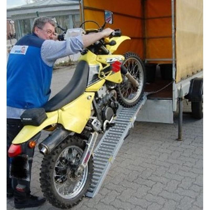 Rampa di carico pieghevole per auto e moto for Rampe da carico usate
