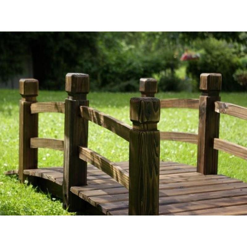 Ponte in legno per giardino e laghetto artificiale for Giardino artificiale