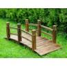 Ponte in legno per arredo giardino